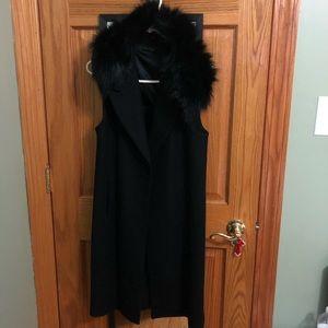 Black long Zara vest with removable faux fur scarf